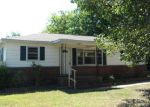 Foreclosed Home in Gadsden 35904 1704 PIERCE ST - Property ID: 3988308