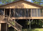 Foreclosed Home in Navarre 32566 6845 SANTA CLARA DR - Property ID: 3990420