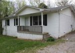 Foreclosed Home in Bowling Green 42101 1161 MASSEY RD - Property ID: 3991286