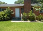 Foreclosed Home in Vicksburg 39180 810 QUEEN ST - Property ID: 3991583