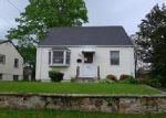 Foreclosed Home in Bridgeport 06606 288 OAKWOOD ST - Property ID: 3992099