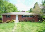 Foreclosed Home in Knoxville 37920 6618 ROCKWELL RD - Property ID: 3993083
