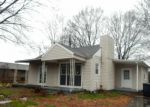 Foreclosed Home in Chattanooga 37412 1405 BOYD ST - Property ID: 3993084