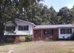 Foreclosed Home in Anniston 36206 511 DAGUN DR - Property ID: 3995921
