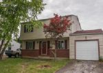 Foreclosed Home in Columbus 43232 3073 REYNARD RD - Property ID: 3999513