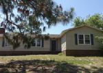Foreclosed Home in Wilmington 28412 905 LORRAINE DR - Property ID: 3999577