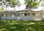 Foreclosed Home in Cedar Rapids 52404 71 DEVONWOOD AVE SW - Property ID: 4004149