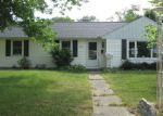 Foreclosed Home in South Bend 46614 2818 HILLTOP DR - Property ID: 4004168