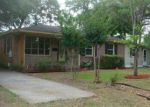 Foreclosed Home in Mount Pleasant 29464 860 KING ST - Property ID: 4004976