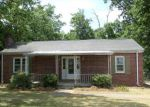 Foreclosed Home in Greenwood 29649 909 NORTHSIDE DR E - Property ID: 4004977
