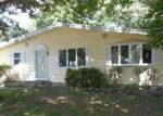Foreclosed Home in Highland Lakes 07422 143 BARRY DR N - Property ID: 4009628