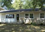 Foreclosed Home in Hartford City 47348 107 CLOVER LN - Property ID: 4009855
