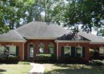 Foreclosed Home in Brandon 39047 327 WOODLANDS DR - Property ID: 4013022