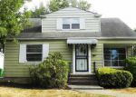 Foreclosed Home in Cleveland 44121 4242 WYNCOTE RD - Property ID: 4014379