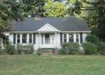 Foreclosed Home in Toledo 43615 720 VANDERBILT RD - Property ID: 4015614