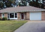 Foreclosed Home in Niles 49120 422 BRUCE ST - Property ID: 4015875