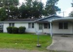Foreclosed Home in Lafayette 70501 206 STAMP ST - Property ID: 4017453