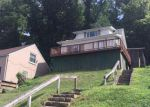 Foreclosed Home in Charleston 25303 408 FOREST CIR - Property ID: 4017970