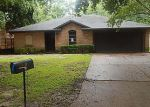 Foreclosed Home in Houston 77032 5410 INDIANOLA DR - Property ID: 4020955