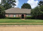 Foreclosed Home in Brandon 39042 207 KEYSTONE PL - Property ID: 4029933
