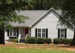 Foreclosed Home in Greenwood 29649 613 LOCKSLEY DR - Property ID: 4031259