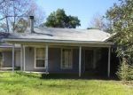 Foreclosed Home in Bush 70431 76385 PENTON CEMETERY RD - Property ID: 4032032