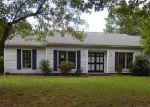 Foreclosed Home in Charlotte 28227 7406 WALNUT WOOD DR - Property ID: 4033177