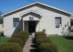 Foreclosed Home in Lake Charles 70615 3331 CARVER RD - Property ID: 4037435