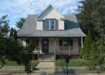 Foreclosed Home in Elkhart 46516 910 E INDIANA AVE - Property ID: 4045168