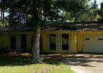 Foreclosed Home in Livingston 77351 1091 W A HOLDER RD - Property ID: 4048852