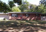Foreclosed Home in Morristown 37814 4223 RAMBLING RD - Property ID: 4053865