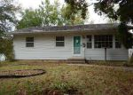Foreclosed Home in Cedar Rapids 52405 1518 YUMA DR NW - Property ID: 4054187