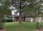 Foreclosed Home in Henderson 27536 1215 ALPHA RD - Property ID: 4057848