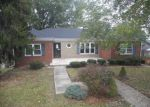 Foreclosed Home in Huntington 25705 408 GRAND BLVD - Property ID: 4059566