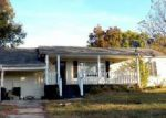 Foreclosed Home in Knoxville 37924 6019 BABELAY RD - Property ID: 4059589
