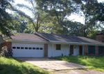 Foreclosed Home in Tyler 75707 10141 CREEK BEND DR - Property ID: 4063243