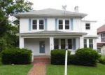 Foreclosed Home in Bluefield 24701 1324 WHITETHORN ST - Property ID: 4064502