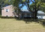 Foreclosed Home in Dayton 45415 3613 GREENBAY DR - Property ID: 4065473