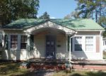 Foreclosed Home in Wallace 28466 315 E CLIFF ST - Property ID: 4066183