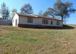 Foreclosed Home in Lawrenceburg 38464 337 RED HILL CENTER RD - Property ID: 4066283