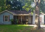 Foreclosed Home in Houston 77076 406 TWIN OAKS ST - Property ID: 4069536
