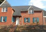 Foreclosed Home in Huntington 25701 1126 11TH ST - Property ID: 4069656