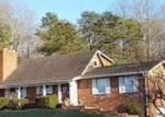 Foreclosed Home in Charleston 25314 1978 SMITH RD - Property ID: 4075867