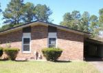 Foreclosed Home in Fayetteville 28304 1204 MANOR HAVEN CT - Property ID: 4076088