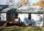Foreclosed Home in Ruther Glen 22546 206 MARDAY DR - Property ID: 4077390