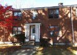 Foreclosed Home in Bridgeport 06610 33 NOB HILL CIR UNIT B - Property ID: 4078321