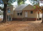 Foreclosed Home in Fort Smith 72904 3704 MACARTHUR DR - Property ID: 4079299
