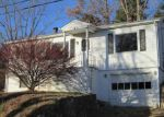 Foreclosed Home in Canton 28716 35 HOLTZCLAW ST - Property ID: 4082033
