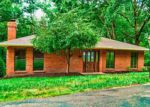 Foreclosed Home in Charleston 25303 810 DAVERTON RD - Property ID: 4083732
