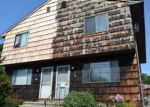 Foreclosed Home in Bridgeport 06606 422 INDIAN AVE - Property ID: 4084411